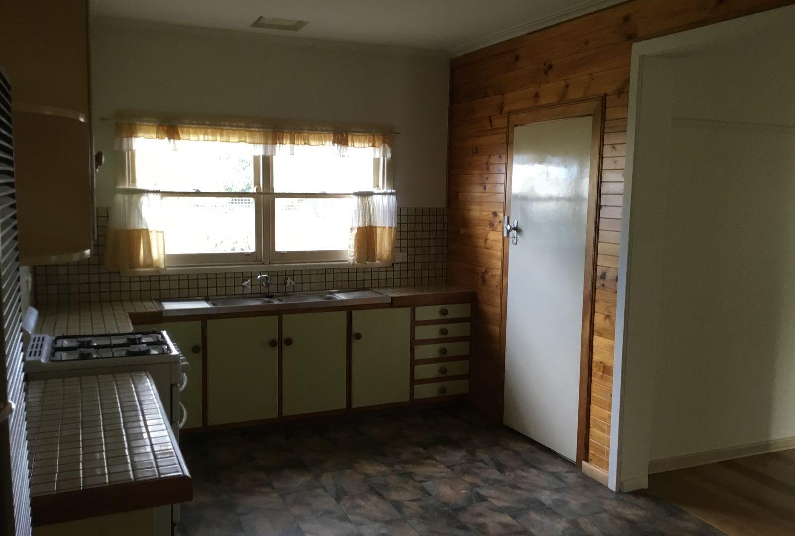 19 Tarana Avenue, Glenroy VIC 3046, Image 1