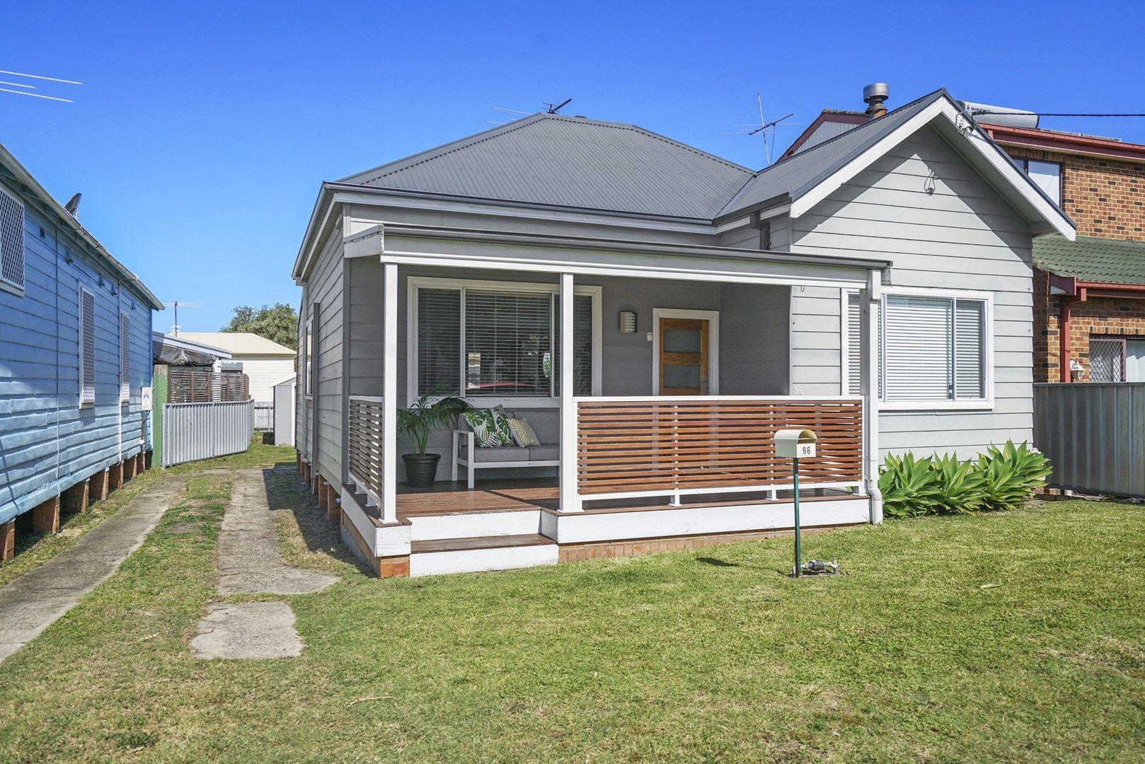 96 Roxburgh Street, Stockton NSW 2295, Image 0