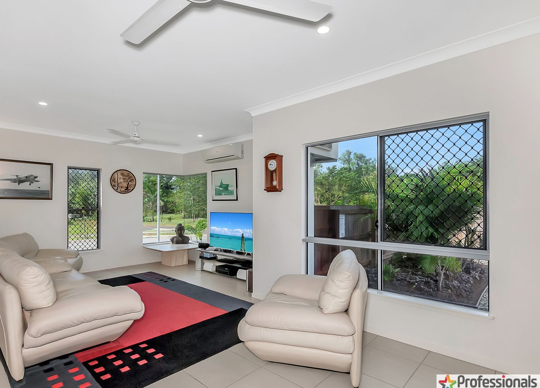 32 Bosun Place, Trinity Beach QLD 4879, Image 2
