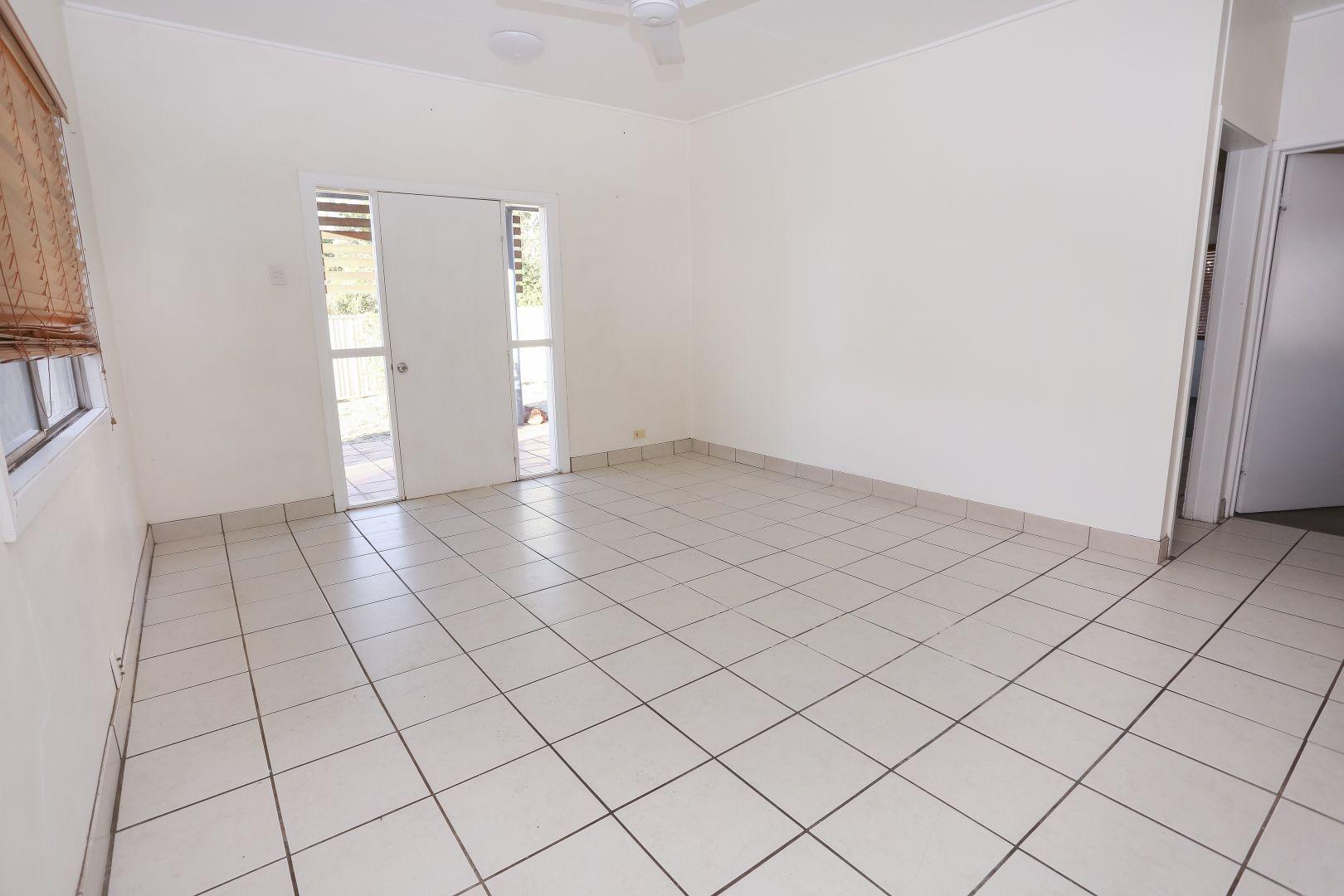 5 Smith St, Mount Isa QLD 4825, Image 2