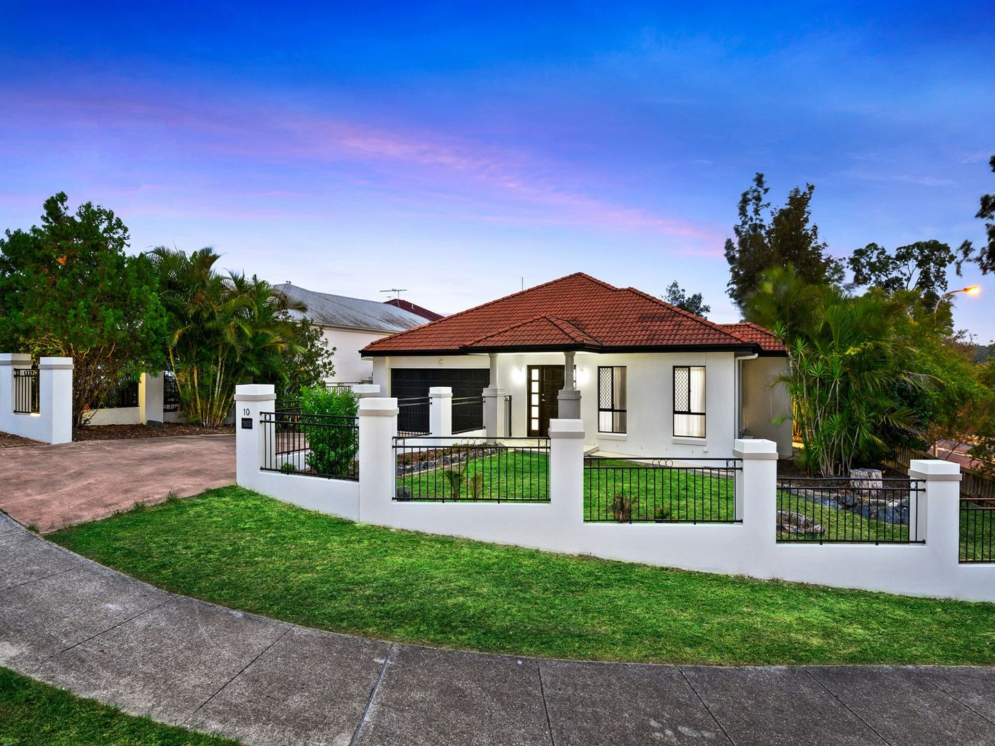 10 Abbey court, Springfield Lakes QLD 4300, Image 1