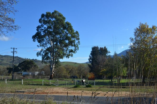 Picture of 8398 Murray Valley Highway, TALLANGATTA EAST VIC 3700