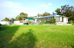 Picture of 196 Nuttman Road, Chapman Hill WA 6280