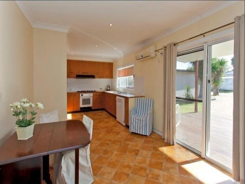 450 Reid Avenue, Lavington NSW 2641, Image 2