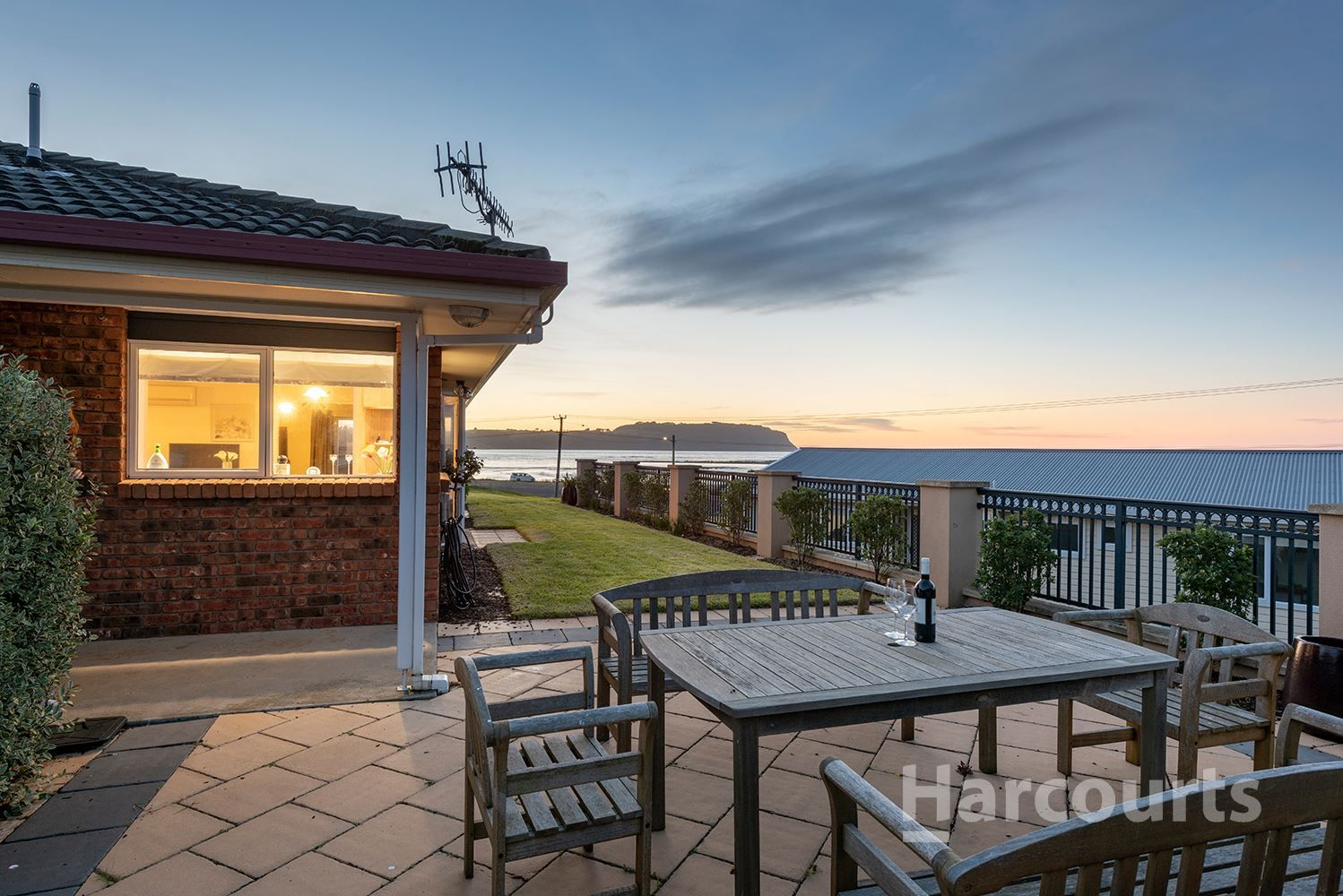10 Port Road, Wynyard TAS 7325, Image 2