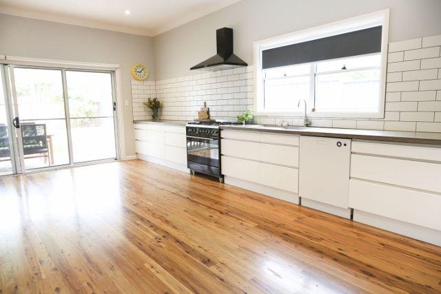 16 Yanco Avenue, Leeton NSW 2705, Image 2