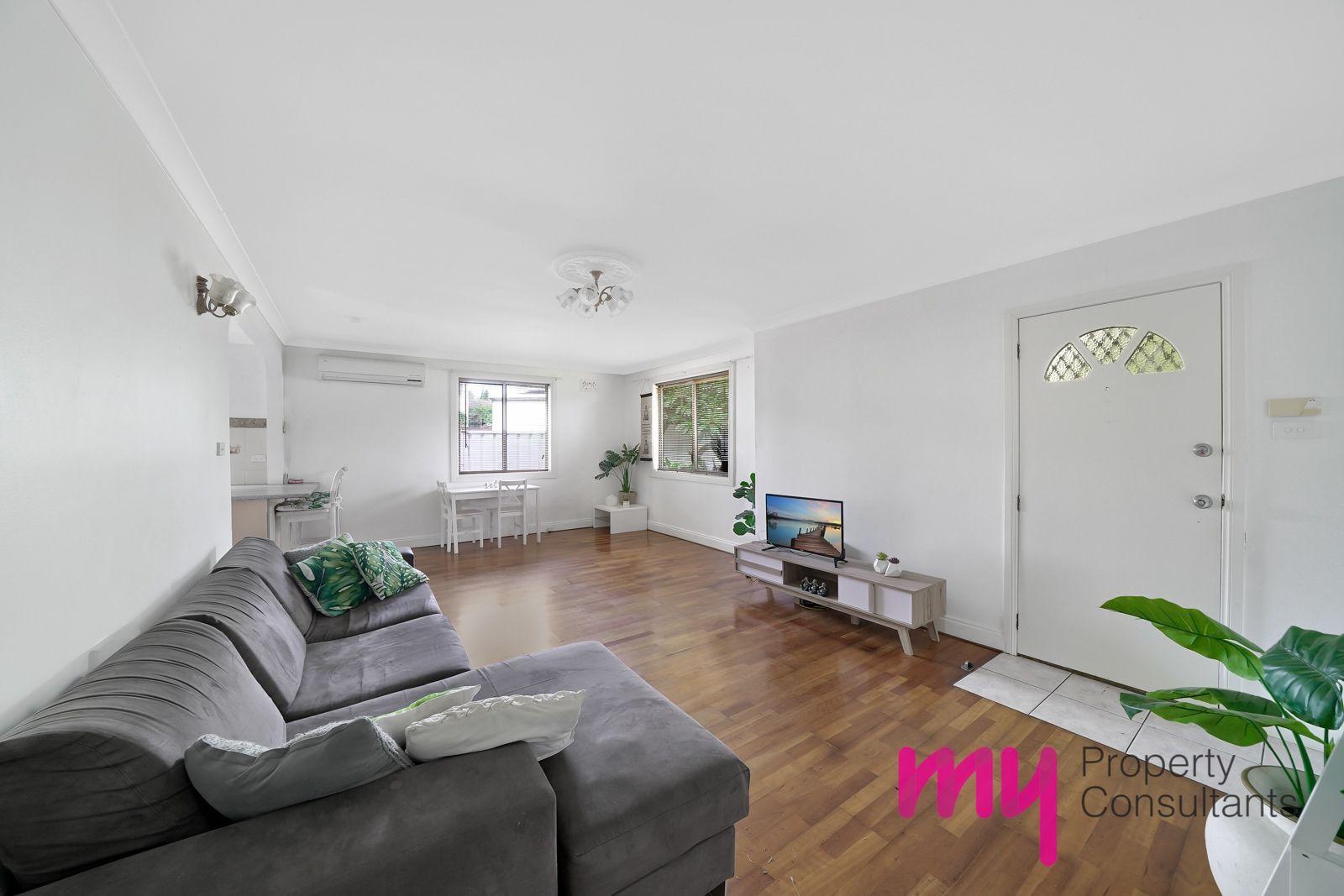 5 Seddon Place, Campbelltown NSW 2560, Image 2