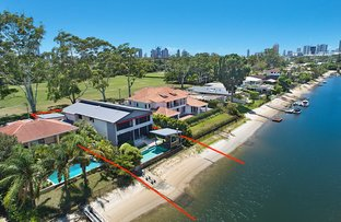 Picture of 50 Moana Park Avenue, Broadbeach Waters QLD 4218