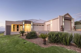 Picture of 8 Summit View, Mount Richon WA 6112