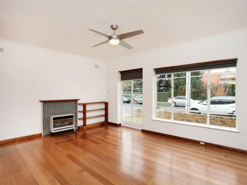 1/3 Grosvenor Street, Moonee Ponds VIC 3039, Image 2