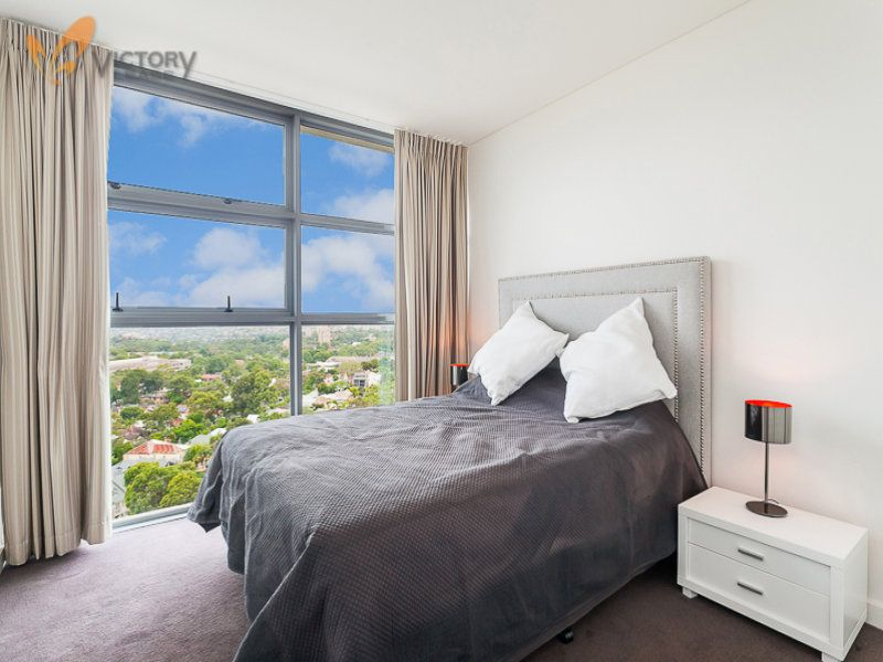 1302/220 Pacific Highway, Crows Nest NSW 2065, Image 2
