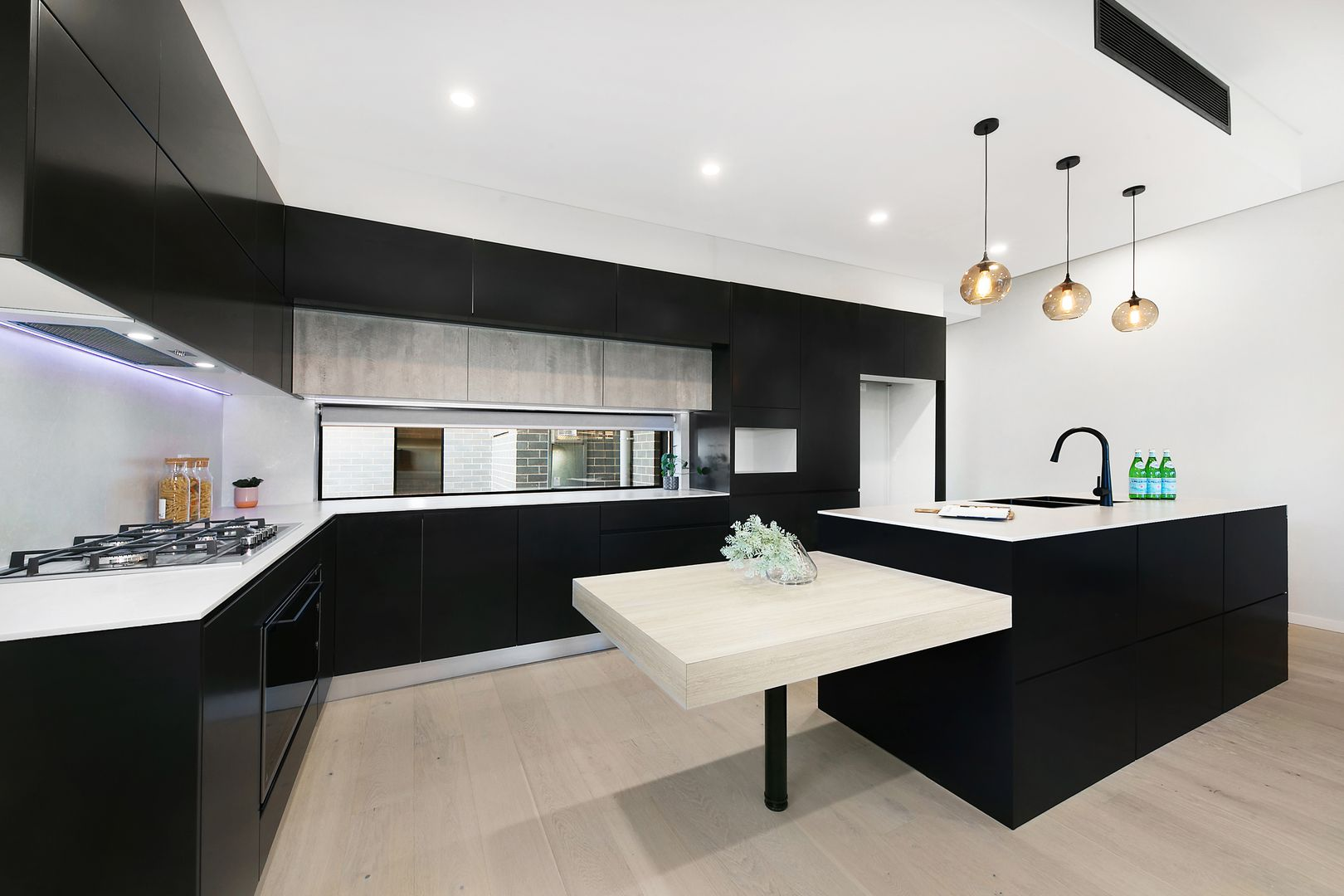 165a Rex Road, Georges Hall NSW 2198, Image 1