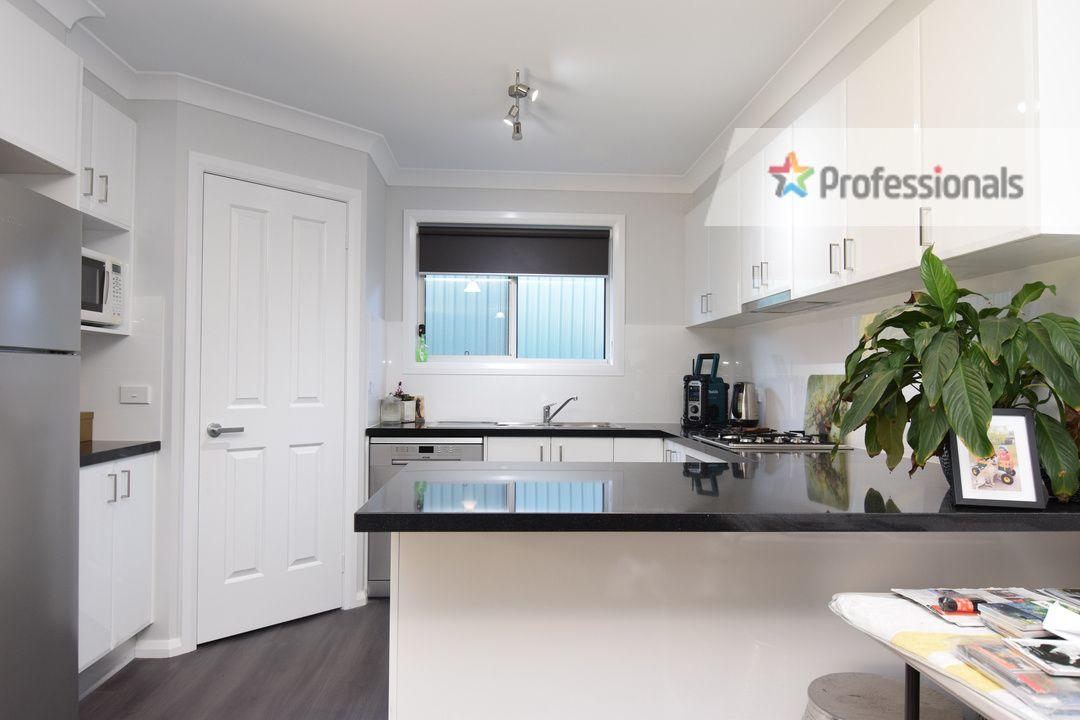 2 Morgan Place, Llanarth NSW 2795, Image 1