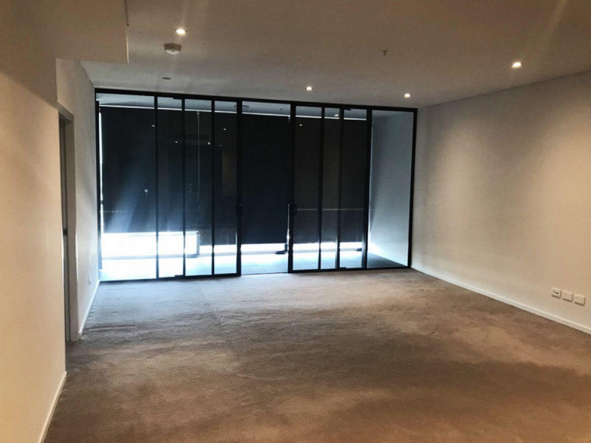 2504/45 Macquarie Street, Parramatta NSW 2150, Image 2