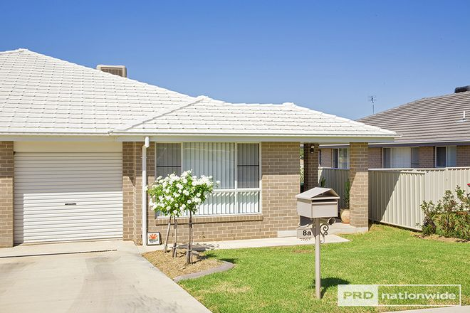 Picture of 8A Lake Place, TAMWORTH NSW 2340