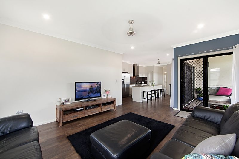 15 Carabeen Court, Mount Low QLD 4818, Image 2