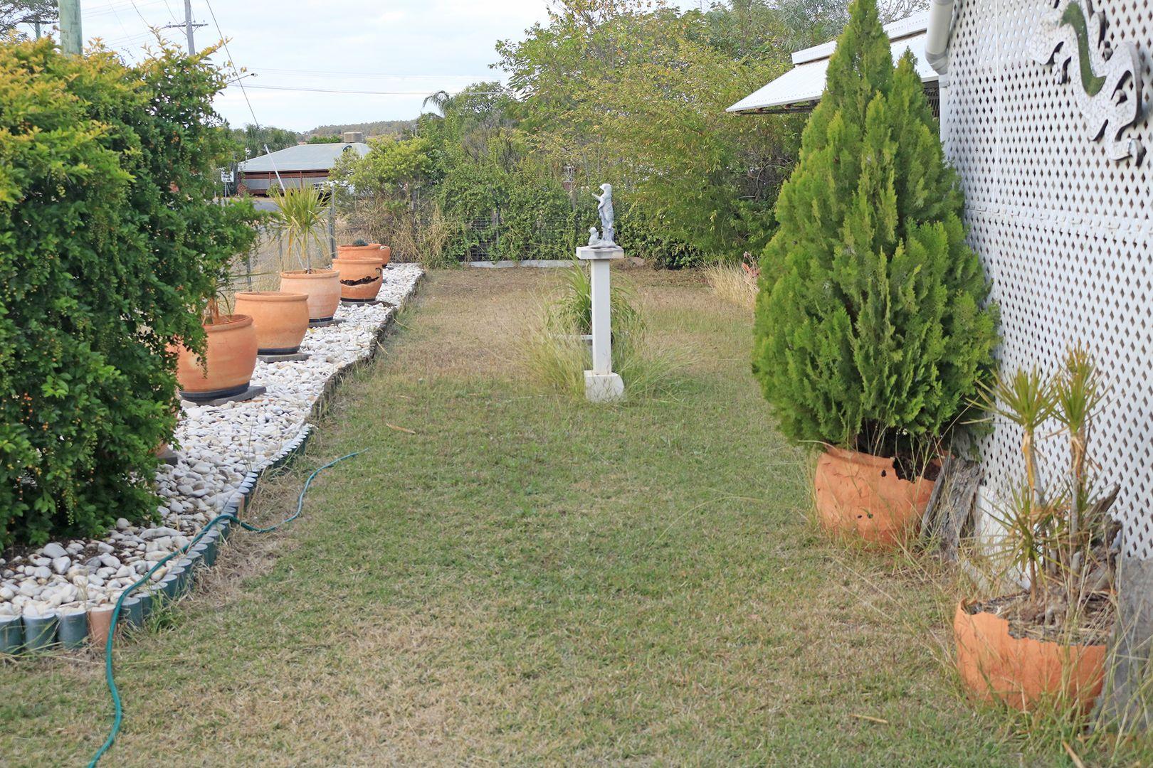 2 Spoor Street, Mundubbera QLD 4626, Image 2
