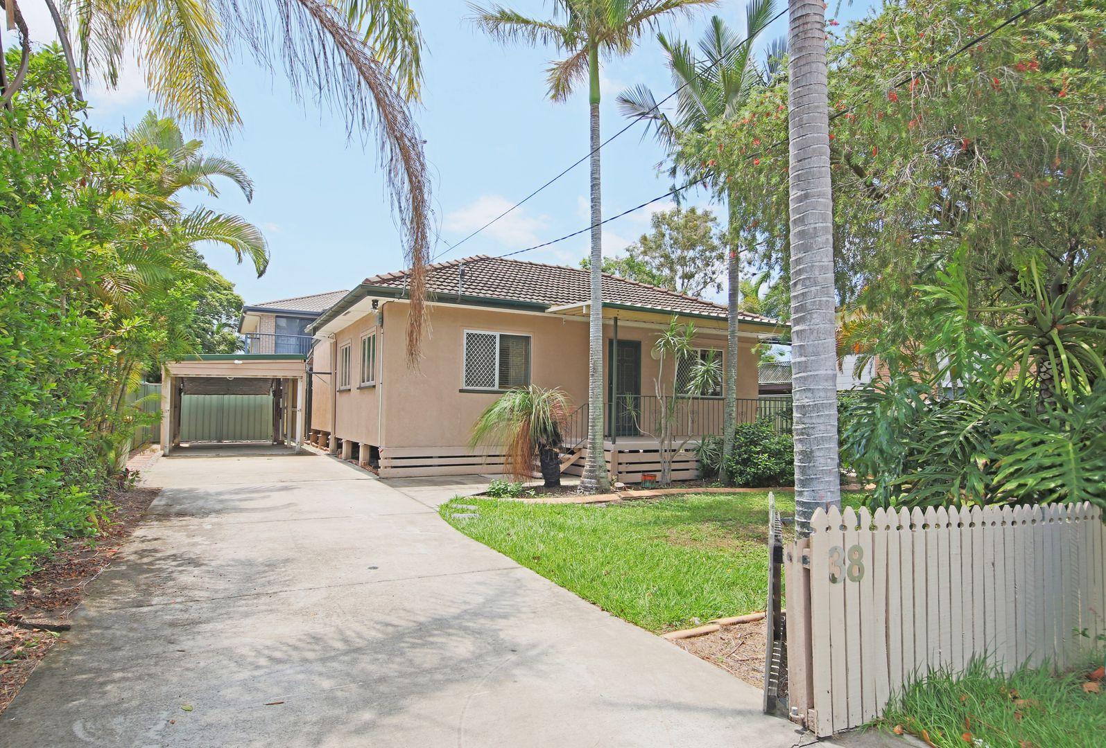 38 Thomas Street, Clontarf QLD 4019, Image 0