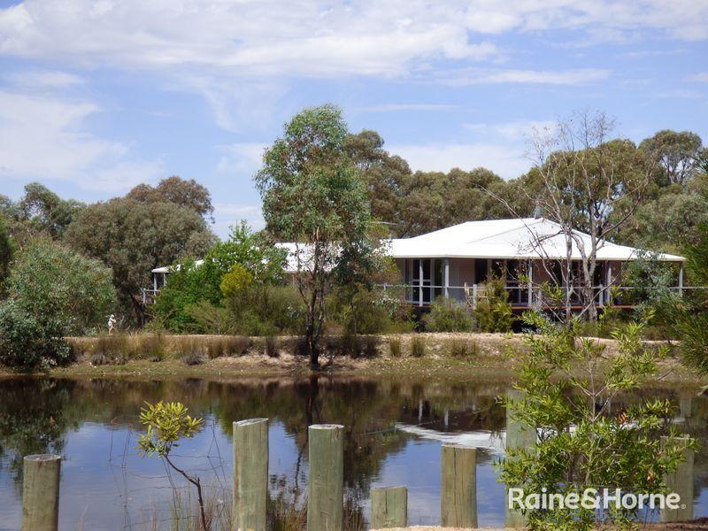 763 Karoopa Lane, Crowther NSW 2803, Image 0