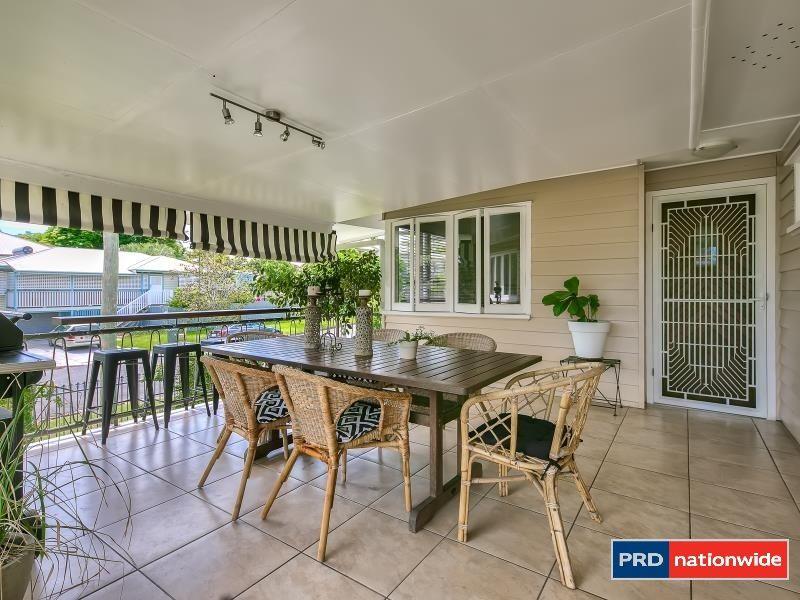 67 Eleventh Avenue, Kedron QLD 4031, Image 2