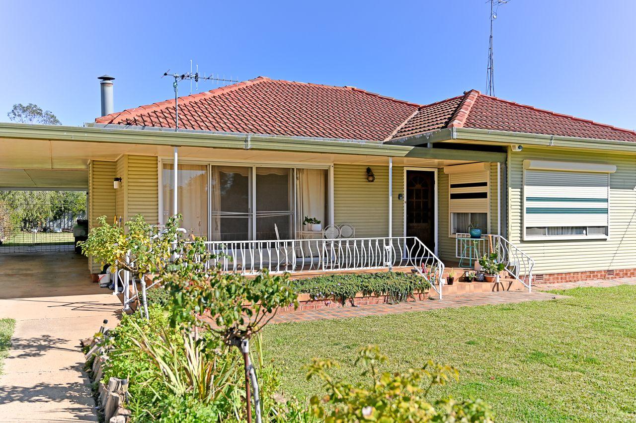 3 Russet Street, Leeton NSW 2705, Image 1
