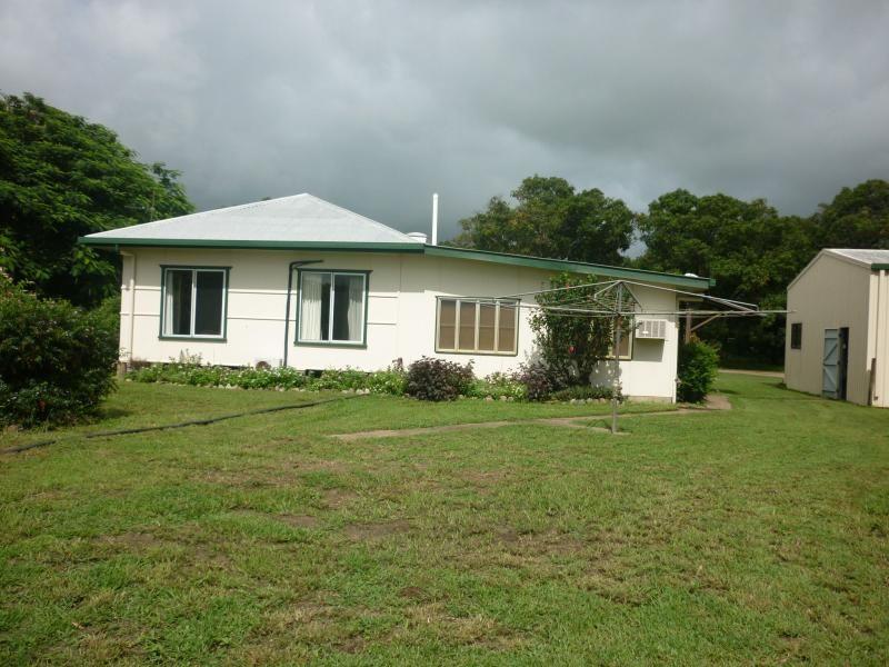 27 Becker  Road, Brandon QLD 4808, Image 2