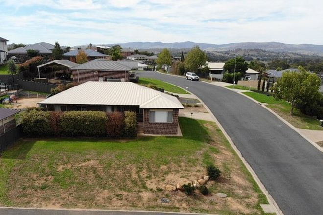 Picture of 1/1 Lockeridge Drive, TUMUT NSW 2720