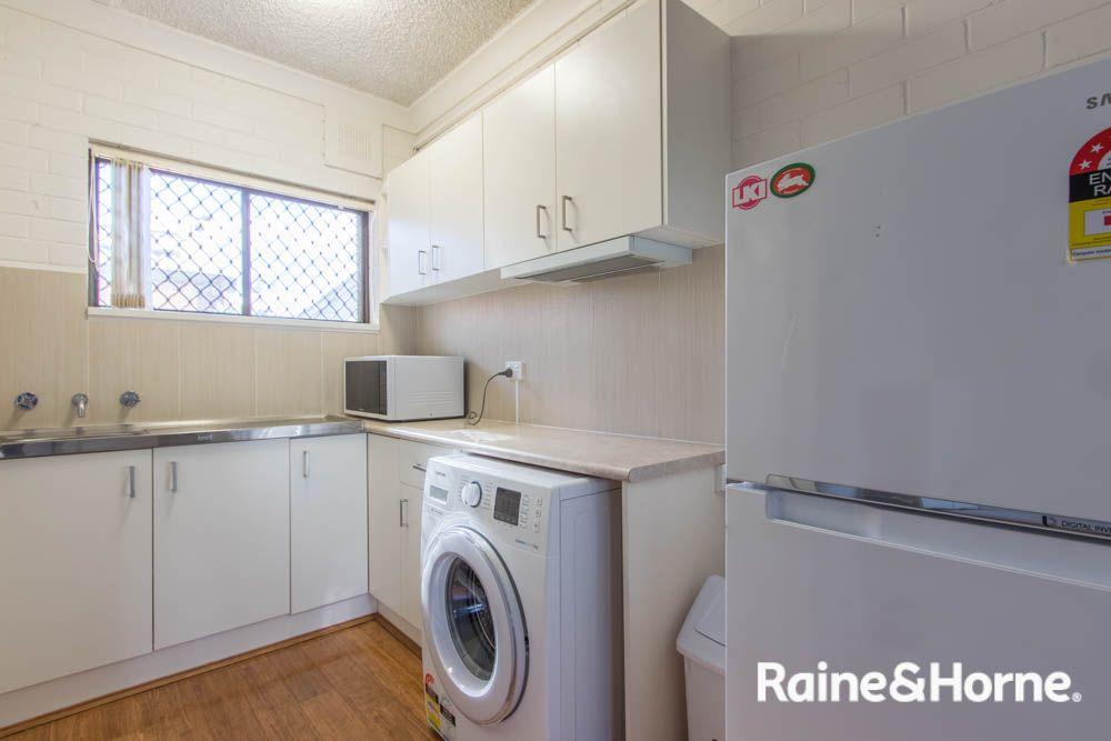 7/31 Seymour Street, Bathurst NSW 2795, Image 2