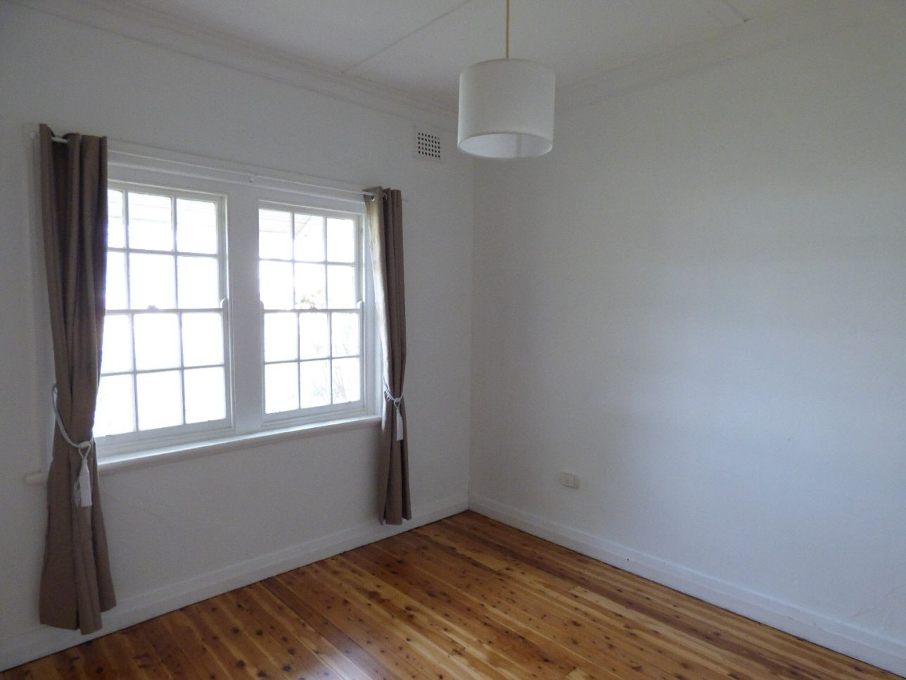 21 Renehan Street, Cootamundra NSW 2590, Image 1