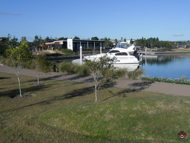15 Beacon Lane, Hope Island QLD 4212, Image 0