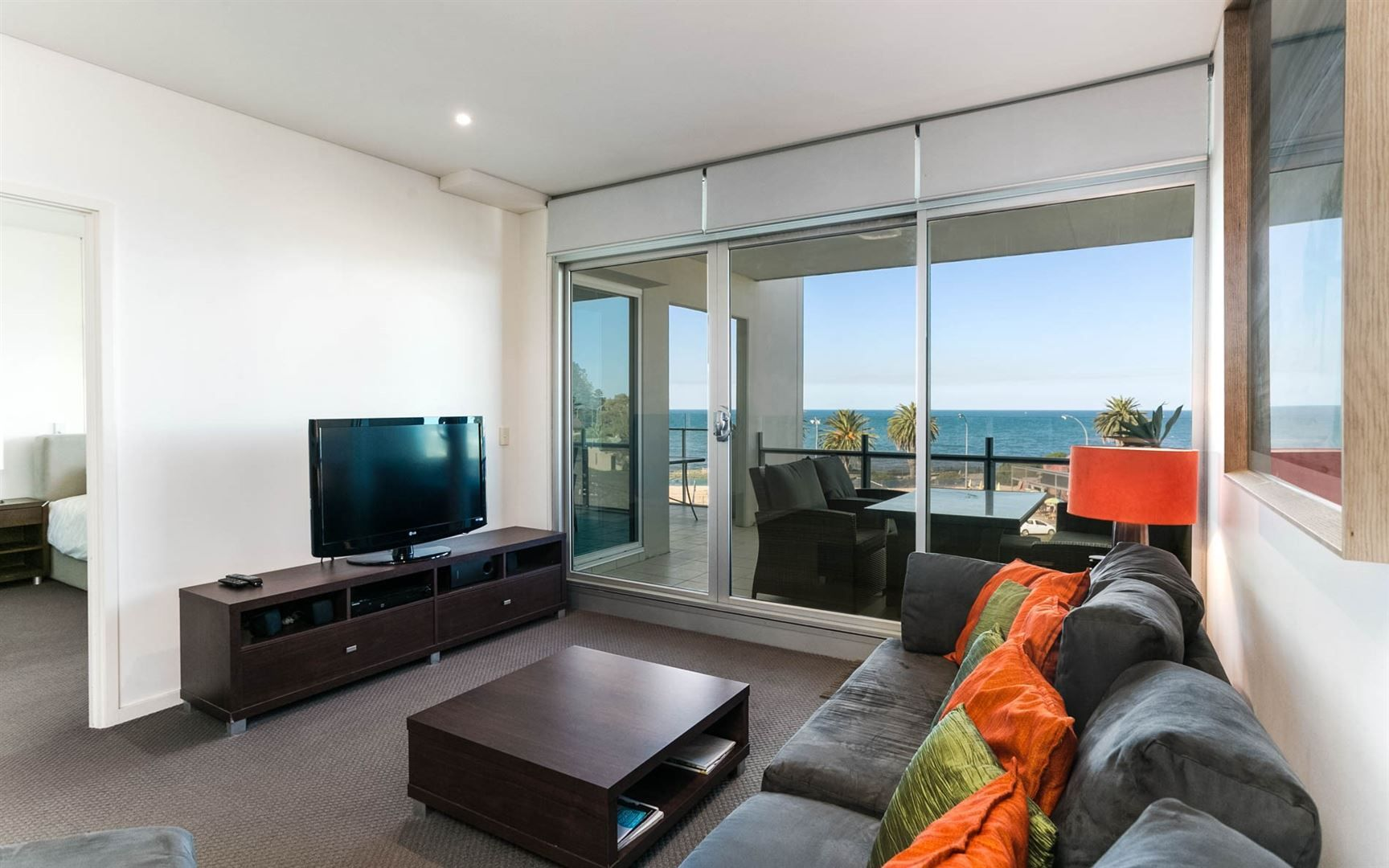 406/162 Hindmarsh Road, Victor Harbor SA 5211, Image 2