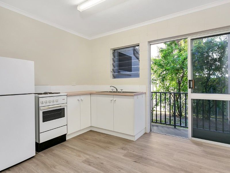 3/394-396 Mayers Street, Edge Hill QLD 4870, Image 2