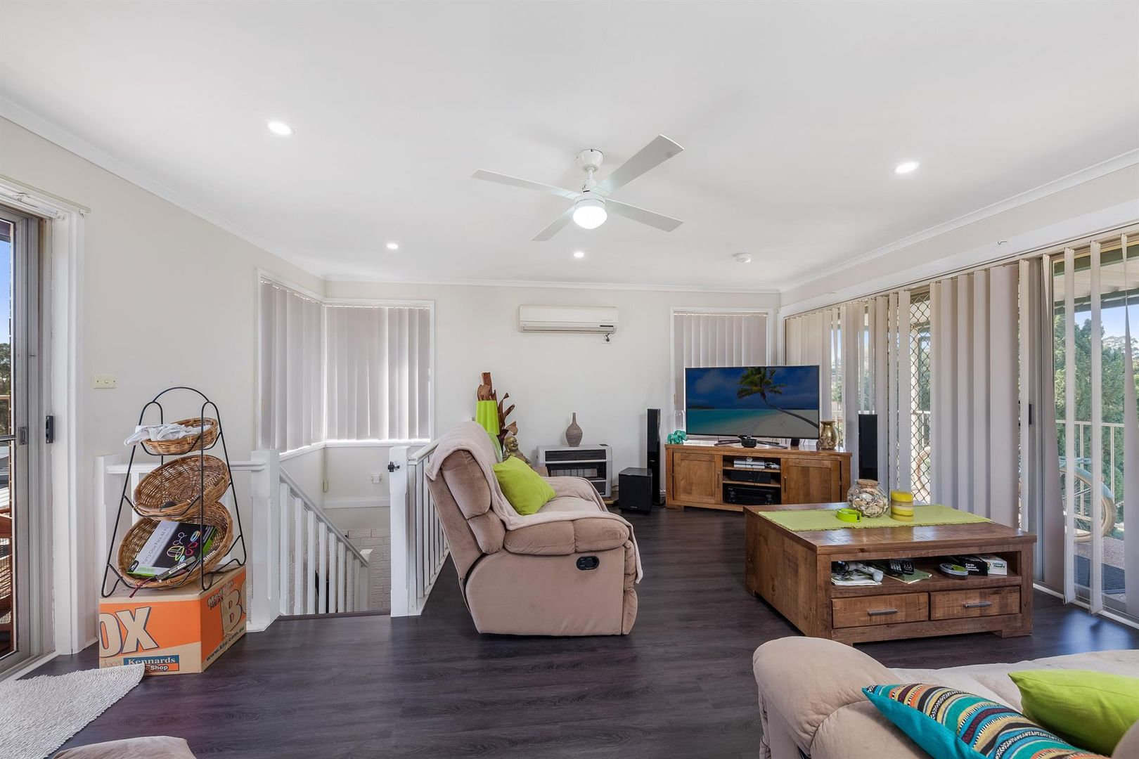 20 Wandarra Crescent, Bradbury NSW 2560, Image 1