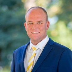 Kurt Adams, Sales representative