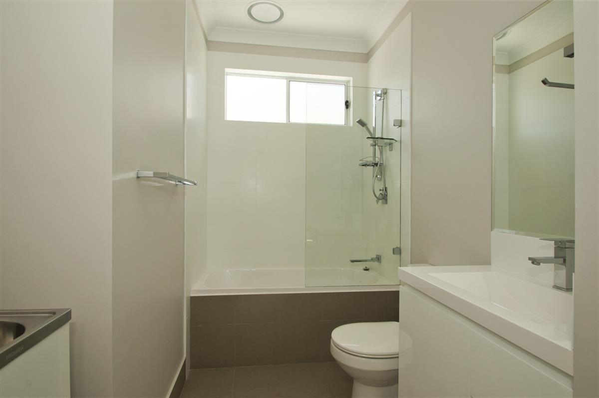 19a Barrelan Avenue, Dapto NSW 2530, Image 2
