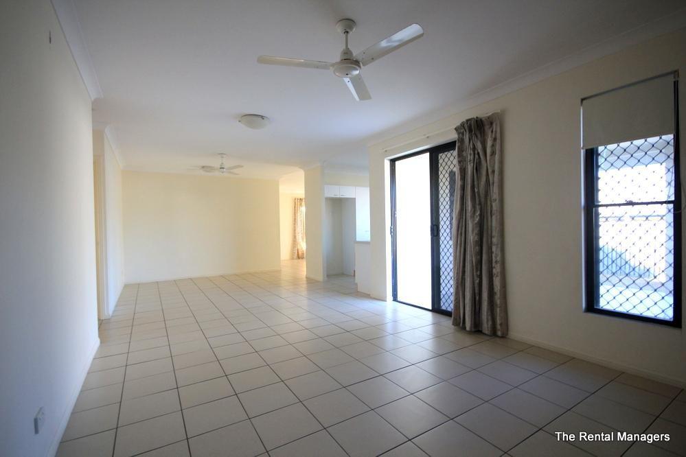 3 Henning Court, Bushland Beach QLD 4818, Image 2
