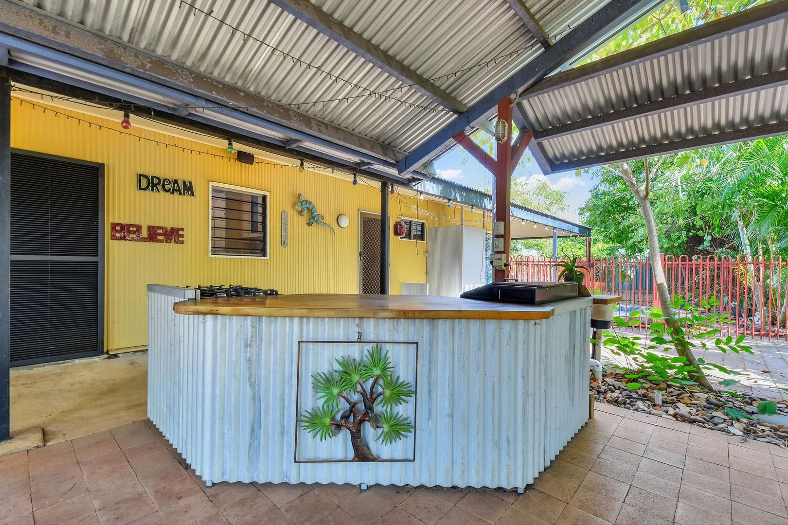 13 Elsinore Court, Anula NT 0812, Image 2