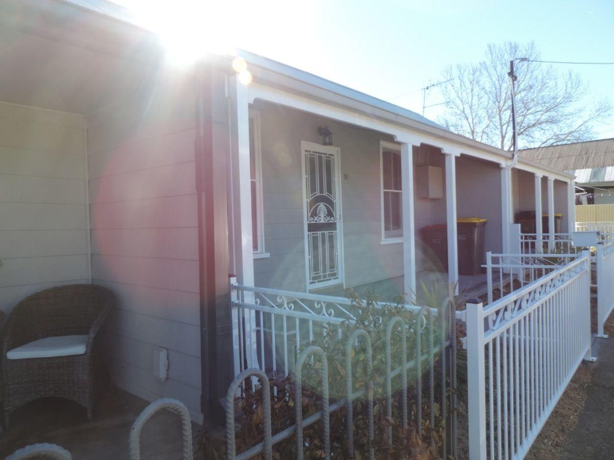 16 Craig Street, Goulburn NSW 2580, Image 1