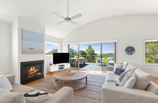 Picture of 30 Seaview Street, Blairgowrie VIC 3942