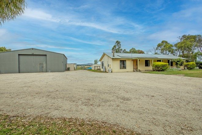Picture of 81 Bowes Road, ROSS CREEK VIC 3351