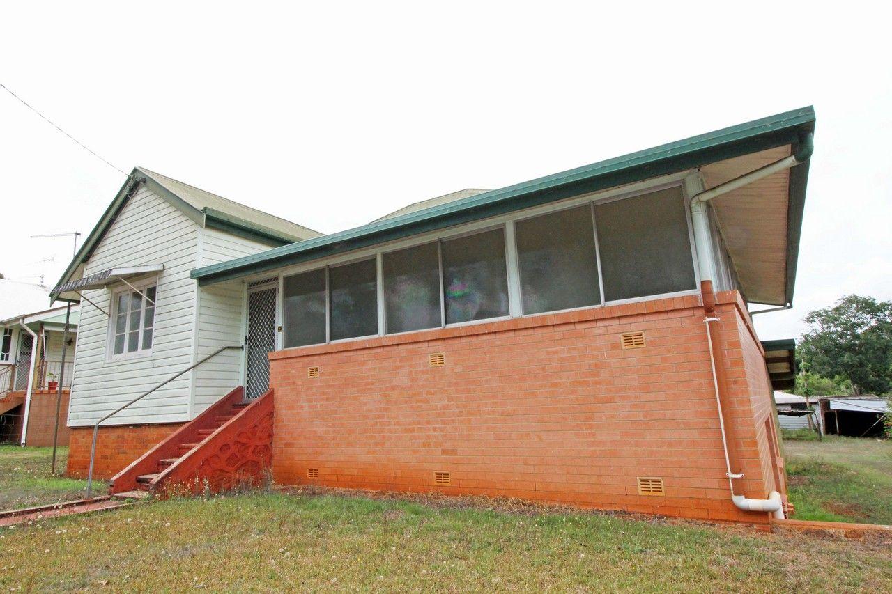 23 ROBERT STREET, Atherton QLD 4883, Image 0