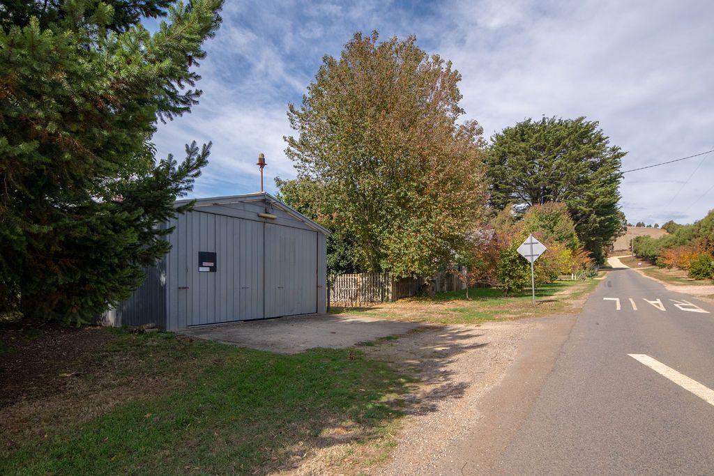 9 School Road, Musk VIC 3461, Image 2