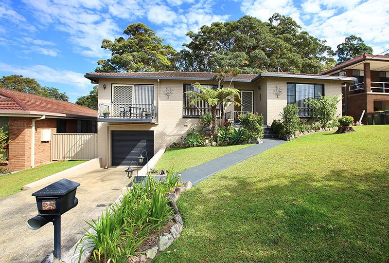 25 Manning Avenue, Coffs Harbour NSW 2450, Image 0