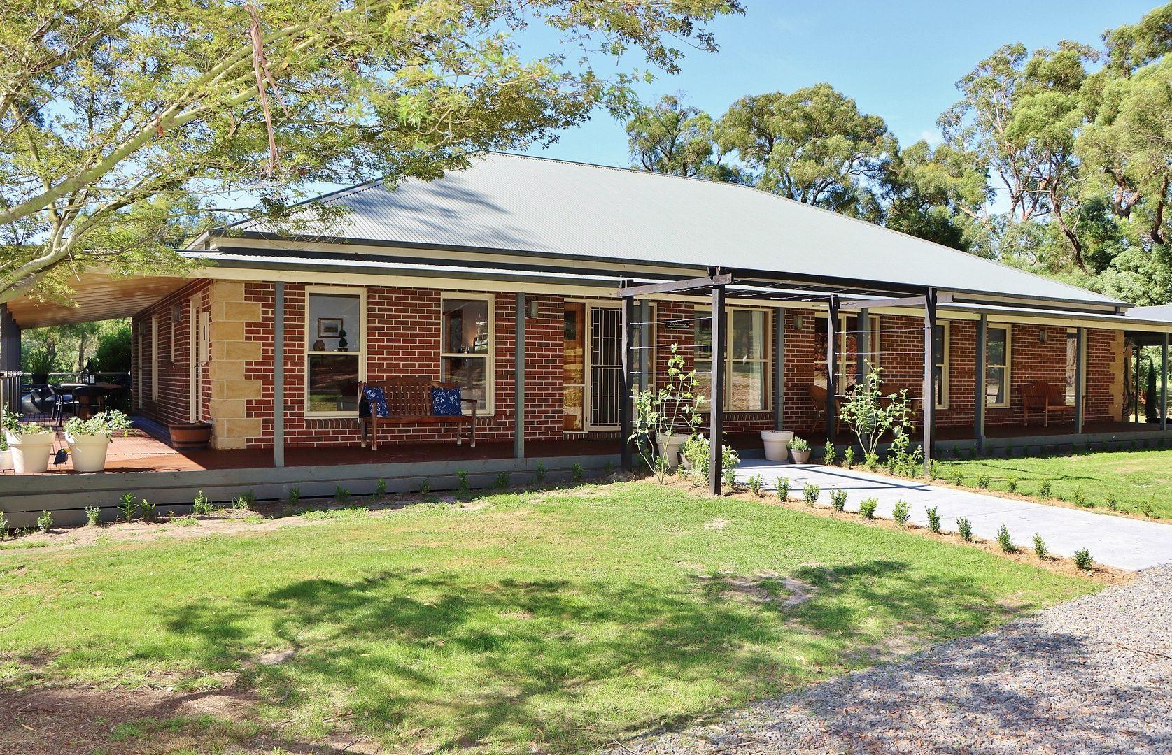 2-3 Parkhaven Court, Healesville VIC 3777, Image 0