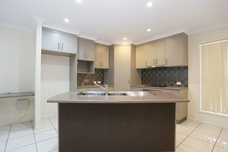 5 Surrey Court, Ooralea QLD 4740, Image 1