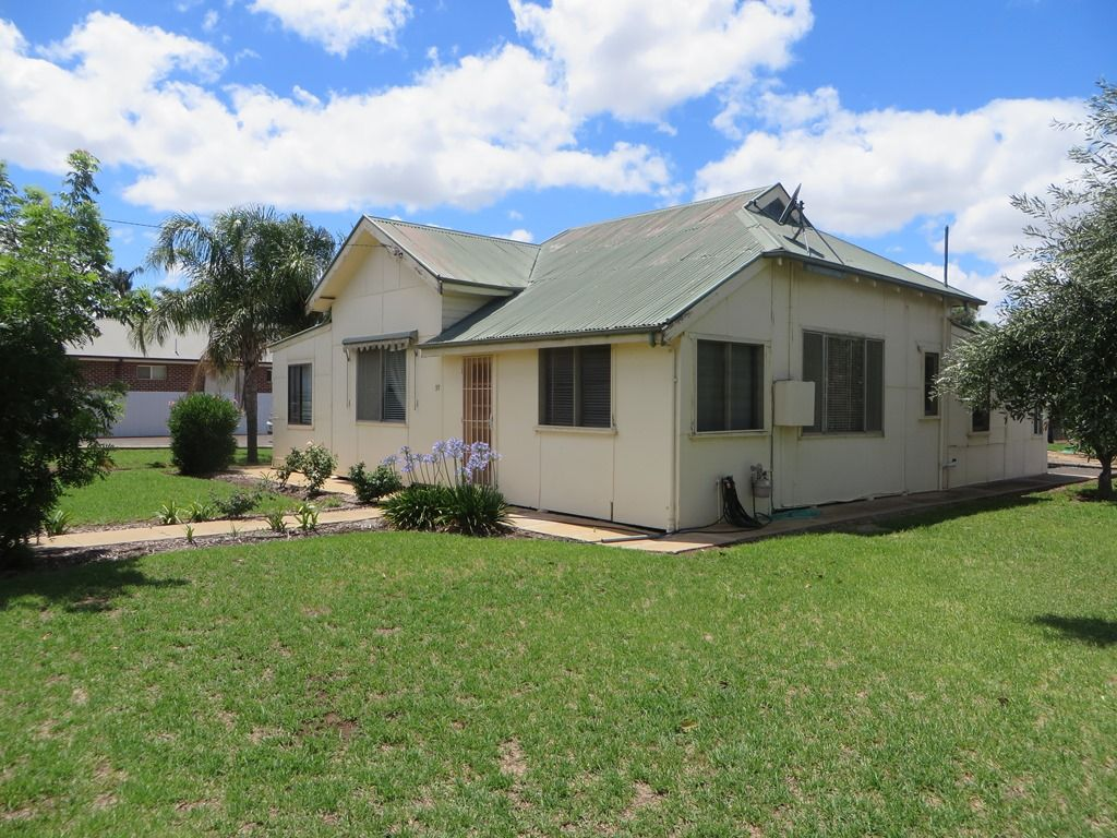 37 East Street, Yoogali NSW 2680, Image 0