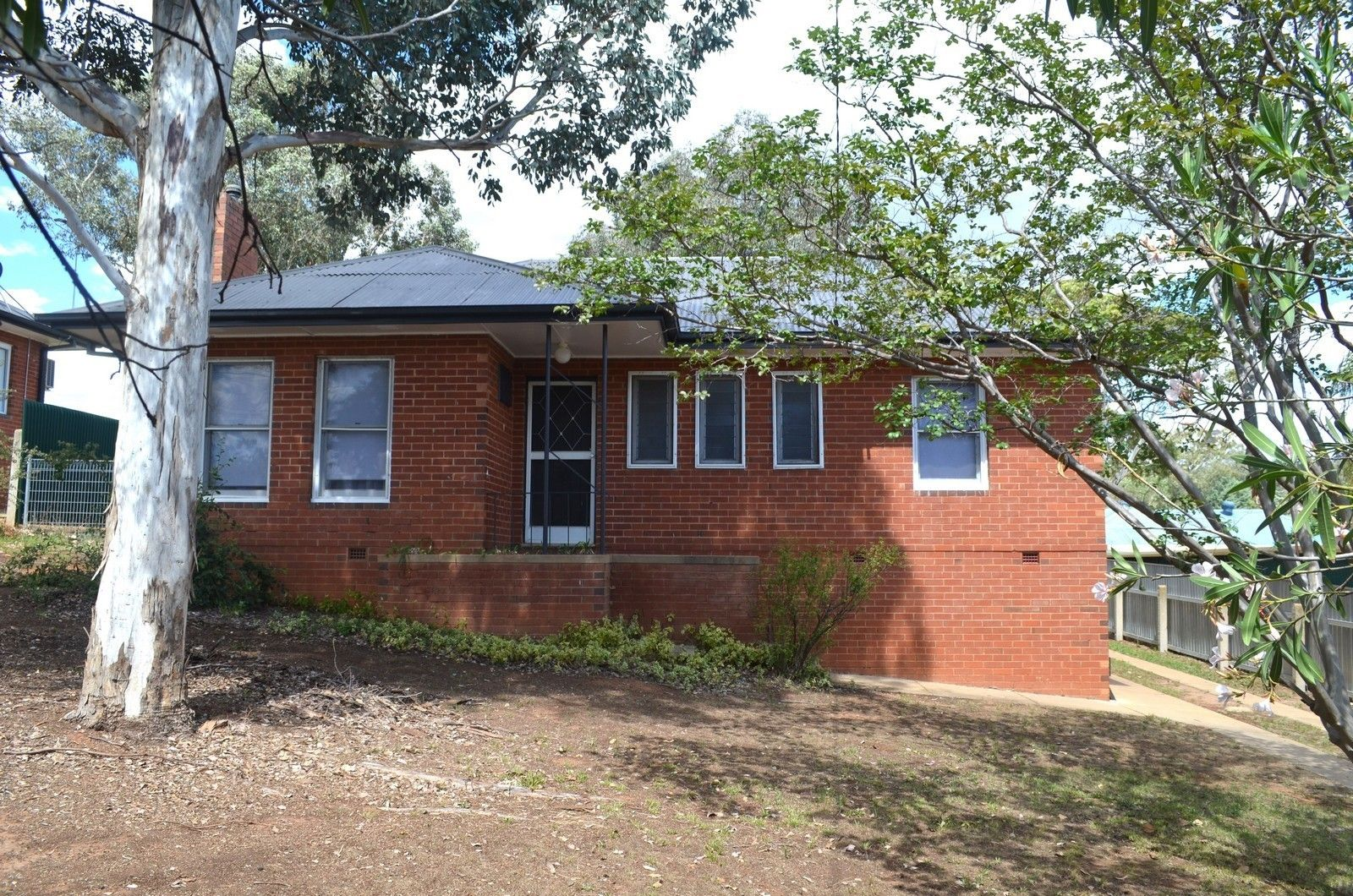 103 Macleay Street, Turvey Park NSW 2650, Image 0