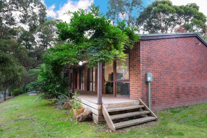 Picture of 10 Gardenhill Road, LAUNCHING PLACE VIC 3139