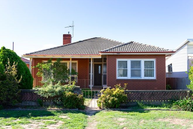 Picture of 27 Ernest Street, CRESTWOOD NSW 2620