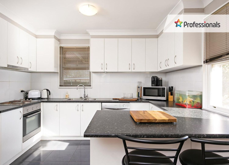 8 Tarakan Avenue, Ashmont NSW 2650, Image 1